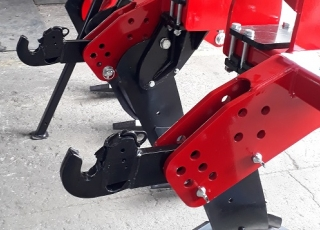 Mechanicky / hydraulicky ovládaná ramena závěsu různých kategorií